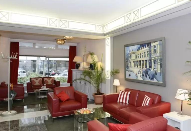 Case Study Hotel Online Marketing